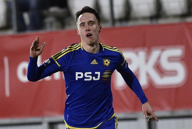 Radost Davise Ikauniekse z Jihlavy po vstřeleném prvním gólu.