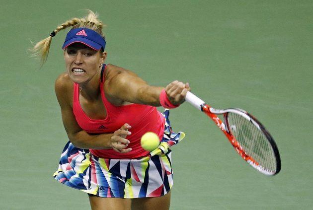 Německá tenistka Angelique Kerberová během osmifinálového duelu US Open s Petrou Kvitovou.