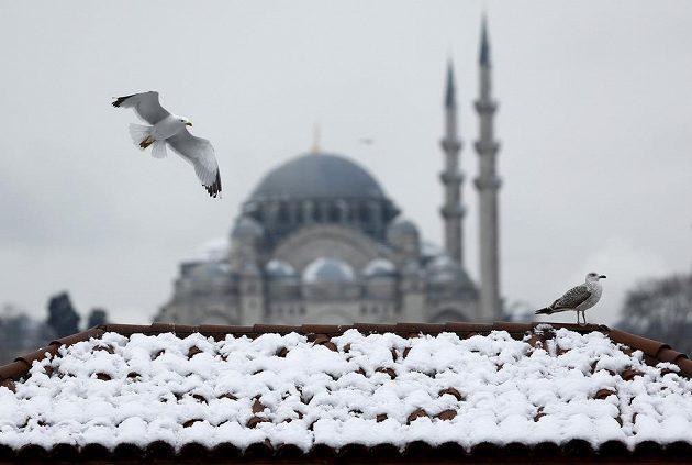 Zasněžený Istanbul. Ilustrační snímek.