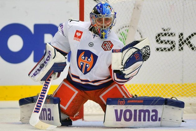 Brankář Tampere Dominik Hrachovina.