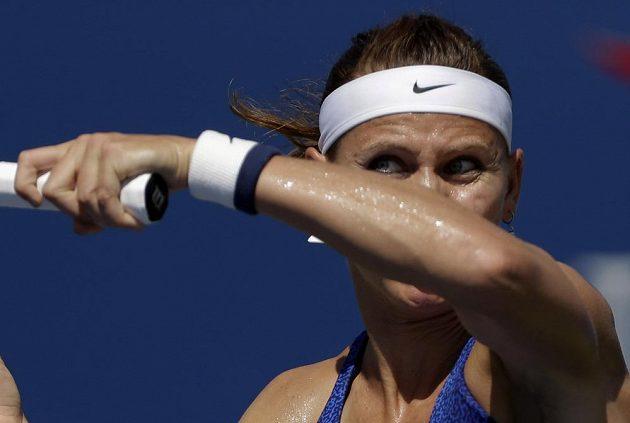 Česká tenistka Lucie Šafářová v utkání proti Maďarce Babosové.