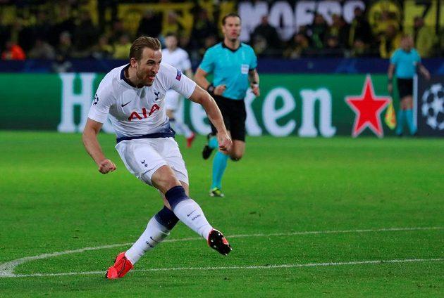 Kanonýr Tottenhamu Harry Kane se trefil i v odvetě osmifinále Ligy mistrů v Dortmundu.