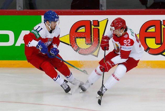Filip Zadina (11) a běloruský reprezentant Shane Prince.