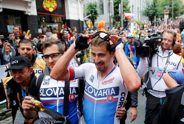 Slovák Peter Sagan poté, co se v Bergenu znovu stal mistrem světa v závodě s hromadným startem.
