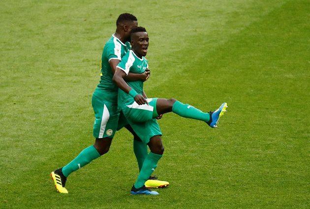 Senegalská radost. Idrissa Gueye slaví gól v polské síti během utkání mistrovství světa.
