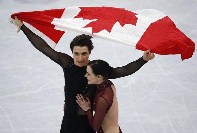 Kanaďané Tessa Virtueová a Scott Moir se s krasobruslařskou kariérou rozloučili zlatem na ZOH.