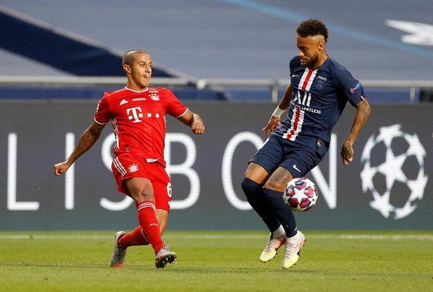 Thiago z Bayernu a Neymar z PSG ve finále LM.