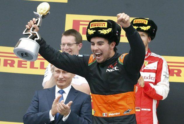 Obrovská radost Sergia Péreze ze třetího místa v GP Ruska.
