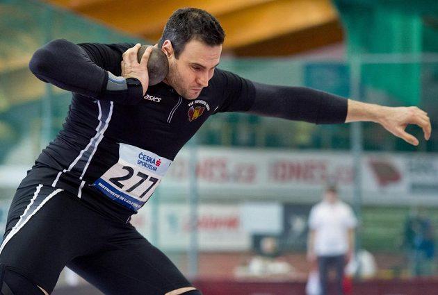 Koulař Jan Marcell na halovém mistrovství České republiky v atletice.
