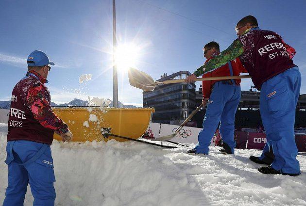 Dá dost práce udržet tratě pro běžecké lyžování ve způsobilém stavu.