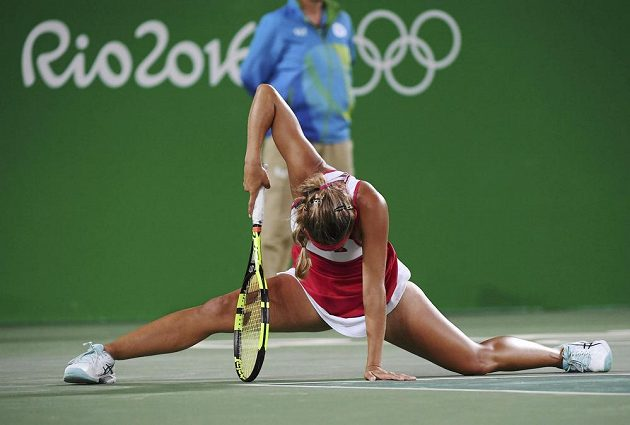 Portoričanka Monica Puigová dělala všechno možné, aby zlatou medaili získala.