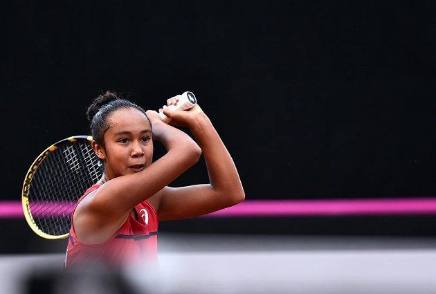Kanadská tenistka Leylah Fernandezová prohrála ve Fed Cupu s Markétou Vondroušovou z ČR.
