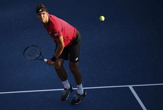 Jiří Veselý nestačil v prvním kole US Open na Švýcara Stanislase Wawrinku.