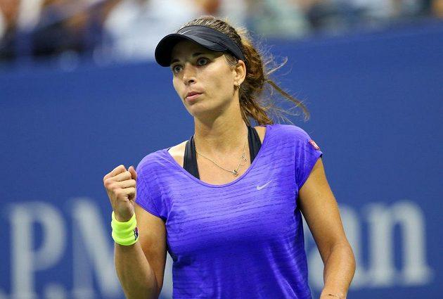 Radost české tenistky Petry Cetkovské v zápase 2. kola US Open proti dánské favoritce Wozniacké.