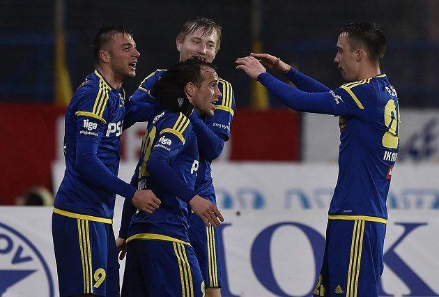 Radost jihlavských hráčů z druhého gólu.