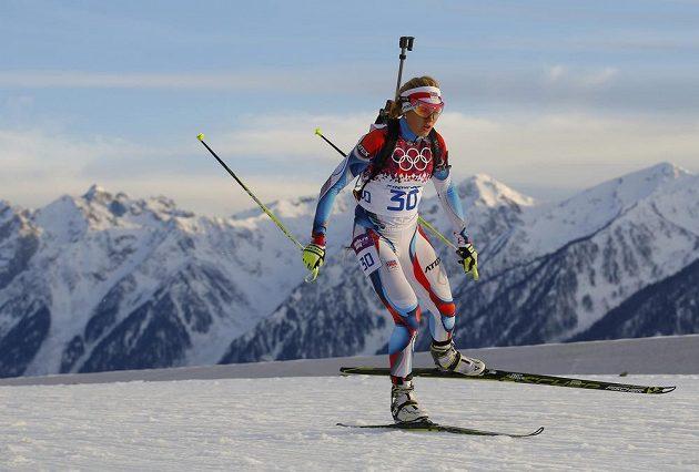 Česká biatlonistka Gabriela Soukalová na trati intervalového závodu na 15 km v Soči.