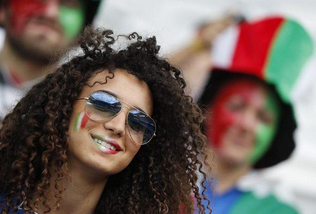 Italská fanynka mohla být s vystoupením squadry azzury na letošním ME spokojená.