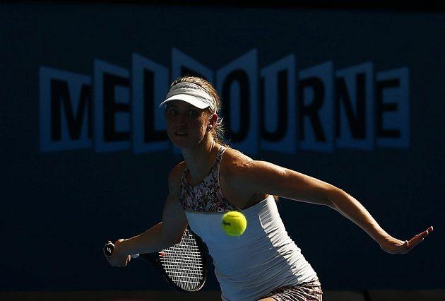 Německá tenistka Mona Barthelová v zápase proti Petře Kvitové.