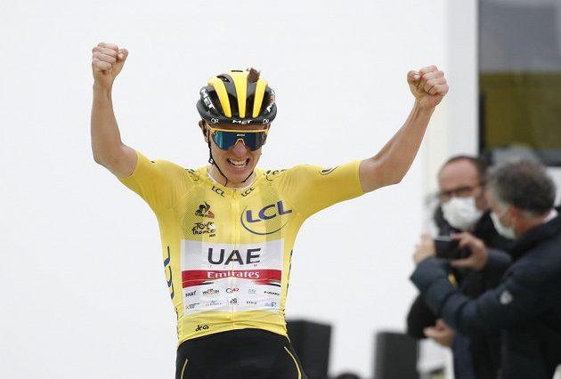 Slovinec Tadej Pogačar si druhým letošním vítězstvím upevnil celkové vedení v Tour