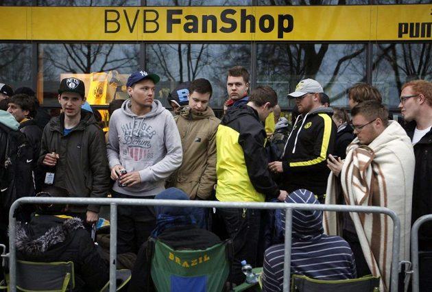 Příznivci Borussie Dortmund vzali předprodej na zápas s Realem Madrid útokem.