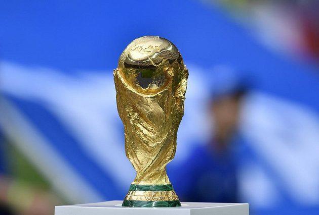 Trofej je připravena. Dočkají se jí Francouzi, nebo Chorvaté?