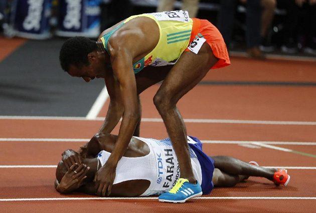 Muktar Edris z Etiopie překazil v Londýně na trati 5000 m zlaté loučení Britu Mo Farahovi.