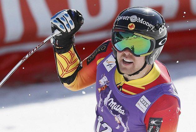 Kanadský lyžař Dustin Cook vyhrál v Méribelu poslední super-G sezóny.