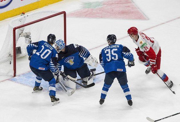Boj o bronz na MS 20. Rusko vs. Finsko. Safonov vstřelil první gól utkání.