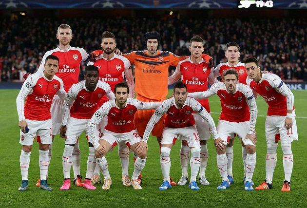 Fotbalisté Arsenalu před zápasem s Dinamem Záhřeb.