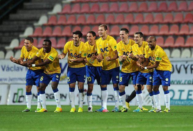Hráči Teplic na podzim baví fotbalem sebe i diváky.