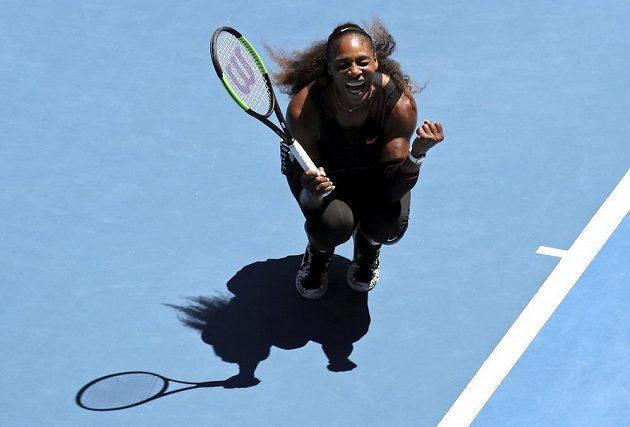 Americká tenistka Serena Williamsová a její vítězné gesto.