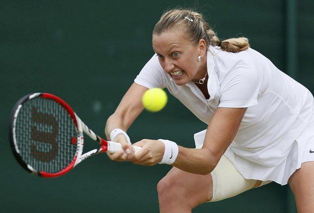 Petra Kvitová se dere ve Wimbledonu do dalšího kola přes Pcheng Šuaj z Číny.