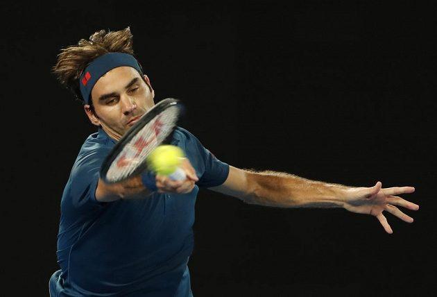 Roger Federer na returnu
