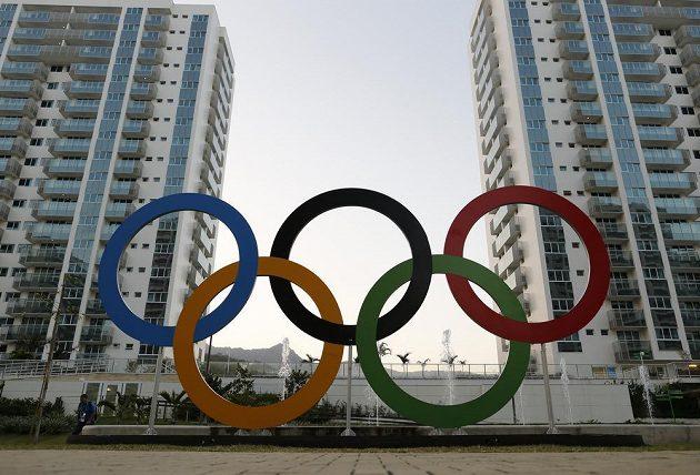 Olympijské kruhy.