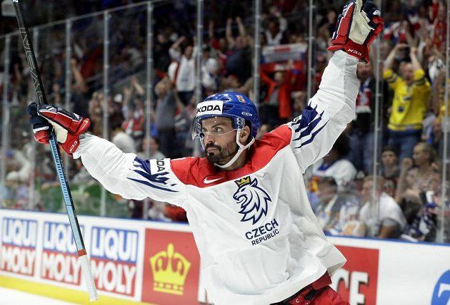 Michal Řepík slaví gól v utkání s Ruskem.