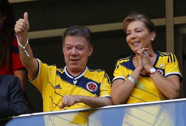 Kolumbijský prezident Juan Manuel Santos nechyběl v hledišti při utkání výběru své země s Pobřežím slonoviny.