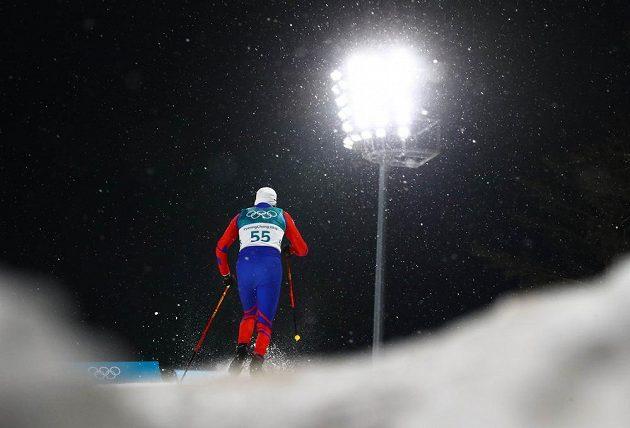 Český běžec na lyžích Miroslav Rypl při své kvalifikační jízdě.