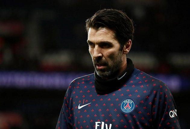 Hvězda v brance PSG - Gianluigi Buffon - v duelu s Rennes čisté konto neudržel.