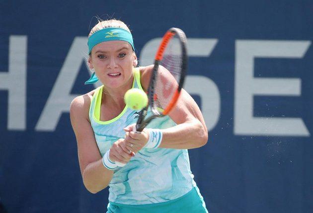 Tereza Martincová při utkání prvního kola US Open s Francouzkou Caroline Garciovou.
