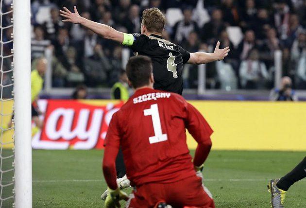 Matthijs de Ligt dává druhý gól Juventusu