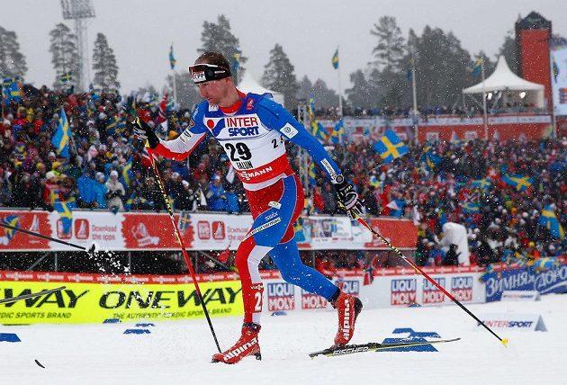Lukáš Bauer na trati klasické padesátky ve Falunu.