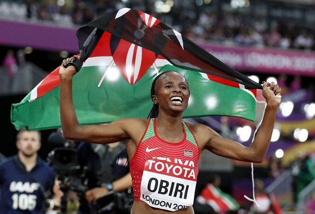 V běhu žen na 5000 metrů na mistrovství světa v Londýně zvítězila Helen Obiriová z Keni.