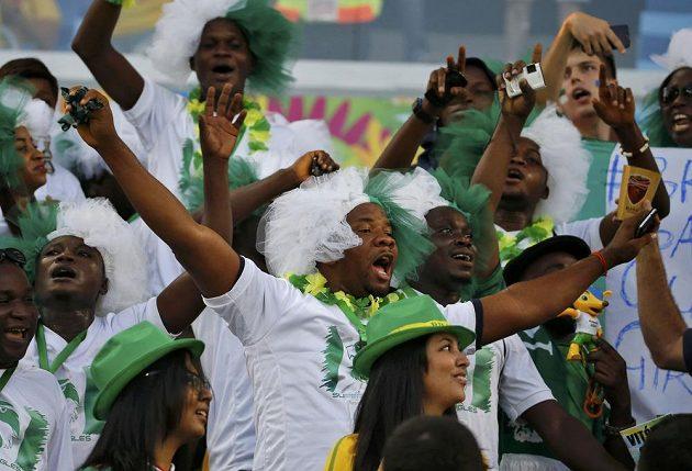 Fanoušci Nigérie před duelem proti Bosně a Hercegovině.
