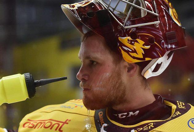 Brankář hokejové Jihlavy Jan Brož.