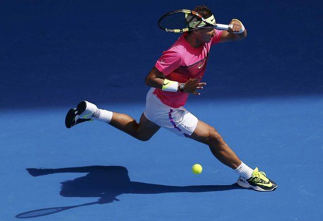 Rafael Nadal se krátkými trenkami vrací do minulého století...
