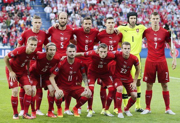 Česká reprezentace před zápasem s Tureckem.
