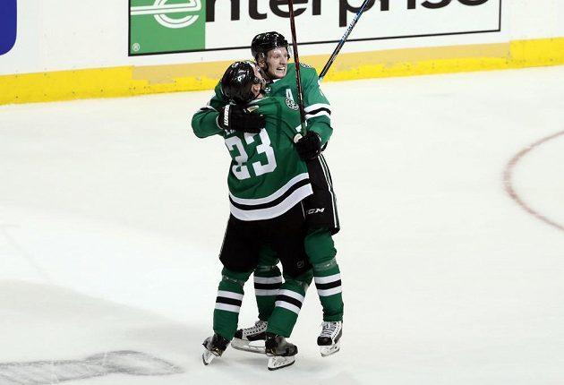 Hokejisté Dallasu Stars můžou slavit, postoupili do 2. kola play off NHL.
