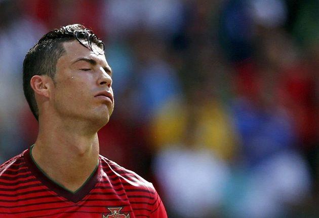 Zklamaný Portugalec Cristiano Ronaldo po porážce s Německem.