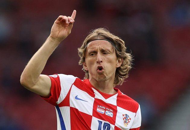 Režisér hry chorvatského týmu Luka Modrič.