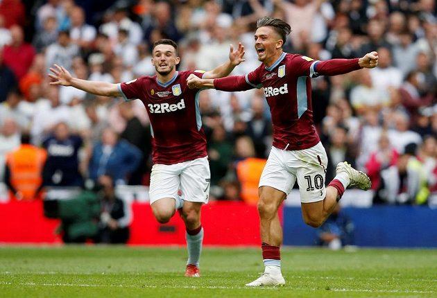 Aston Villa se po třech letech vrací do Premier League